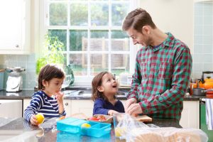 Here are some tips from your Naperville Family Dentist on making healthy lunches.